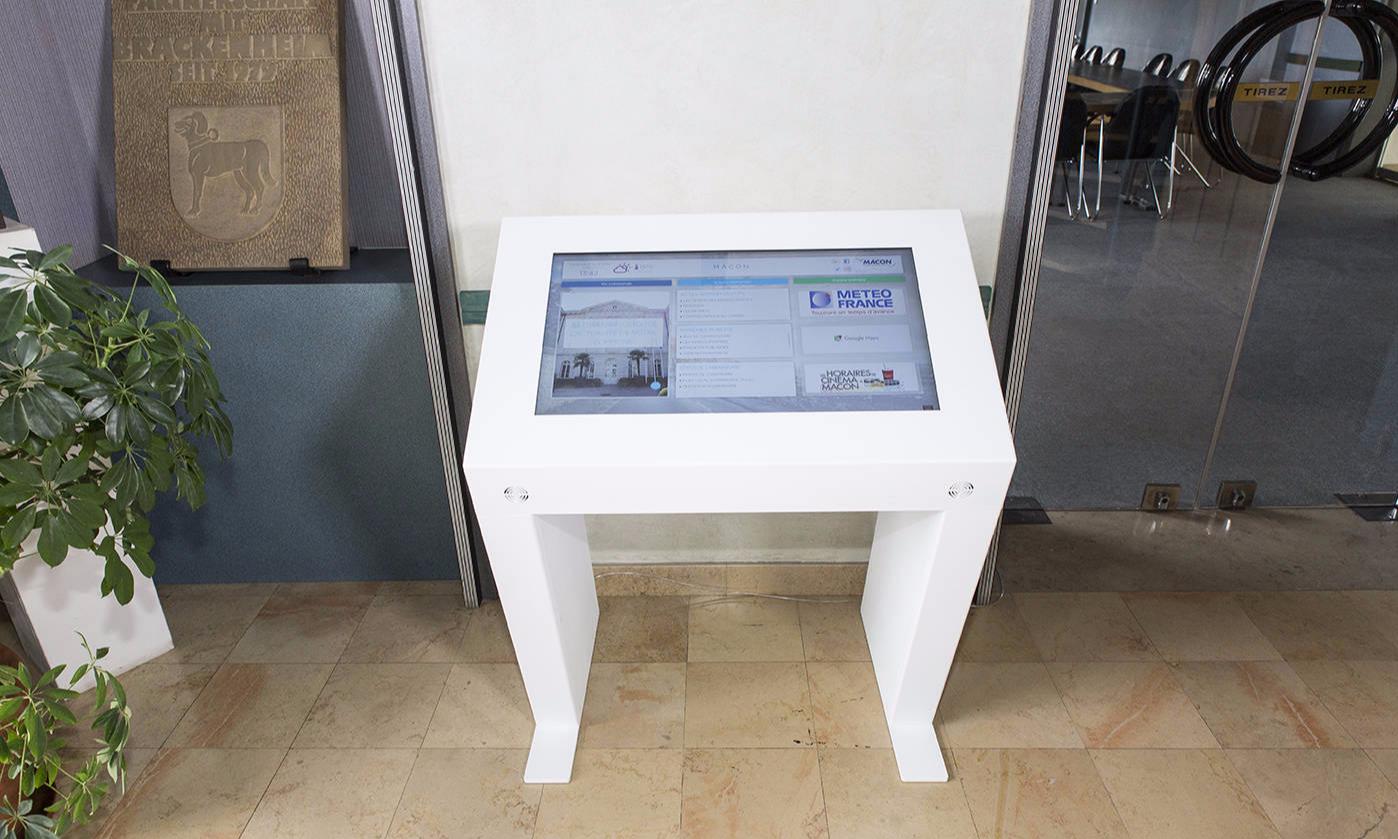Mobilier Borne Tactile Newk Kineti Technologies